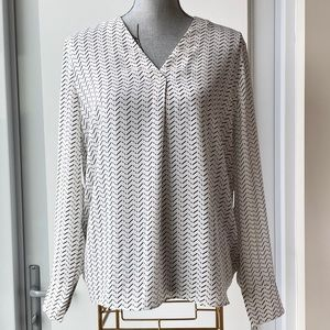 BNWT - Banana Republic Blouse